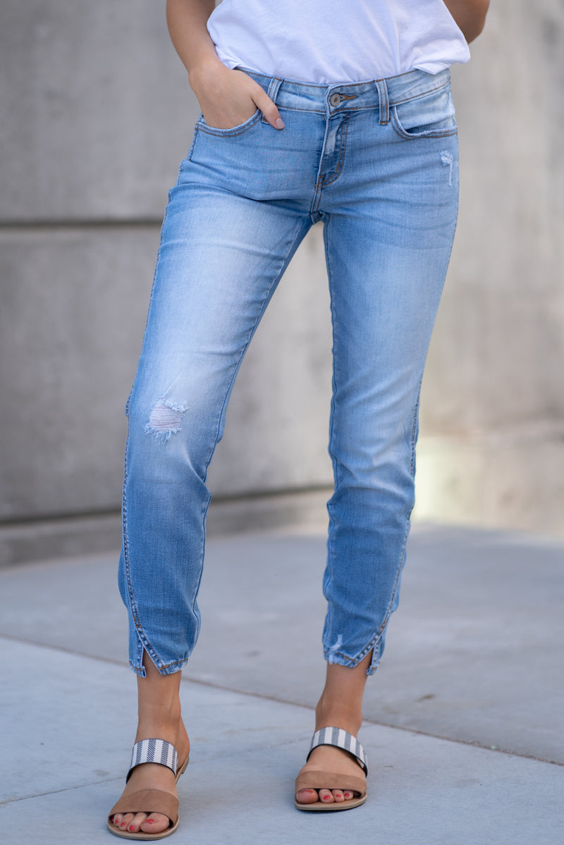 Kan Can Jeans  Collection: Core Collection Color: Light Wash Cut: Ankle Skinny, 27