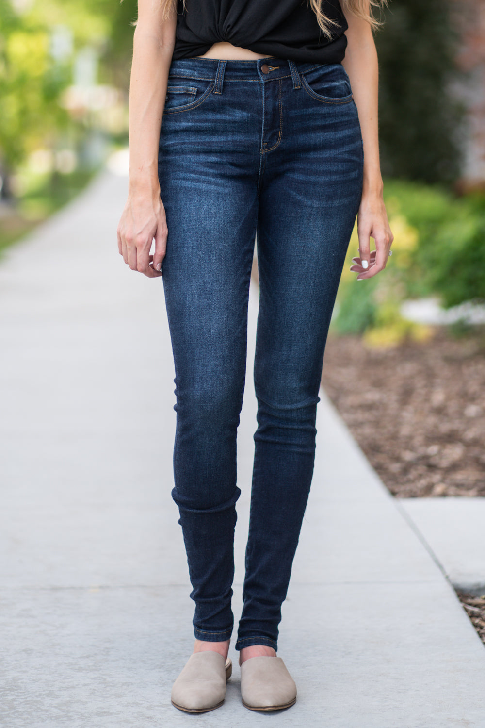 "Judy Blue Collection: Summer 2020 Color: Dark Wash Cut: Skinny, 34"" Inseam, Un-cuffed  Rise: High-Rise. 9.75"" Front Rise Material: 93% COTTON, 6% POLYESTER 1% SPANDEX Machine Wash Separately In Cold Water Stitching: Classic Fly: Zipper Style #: JB82152 , 82152"