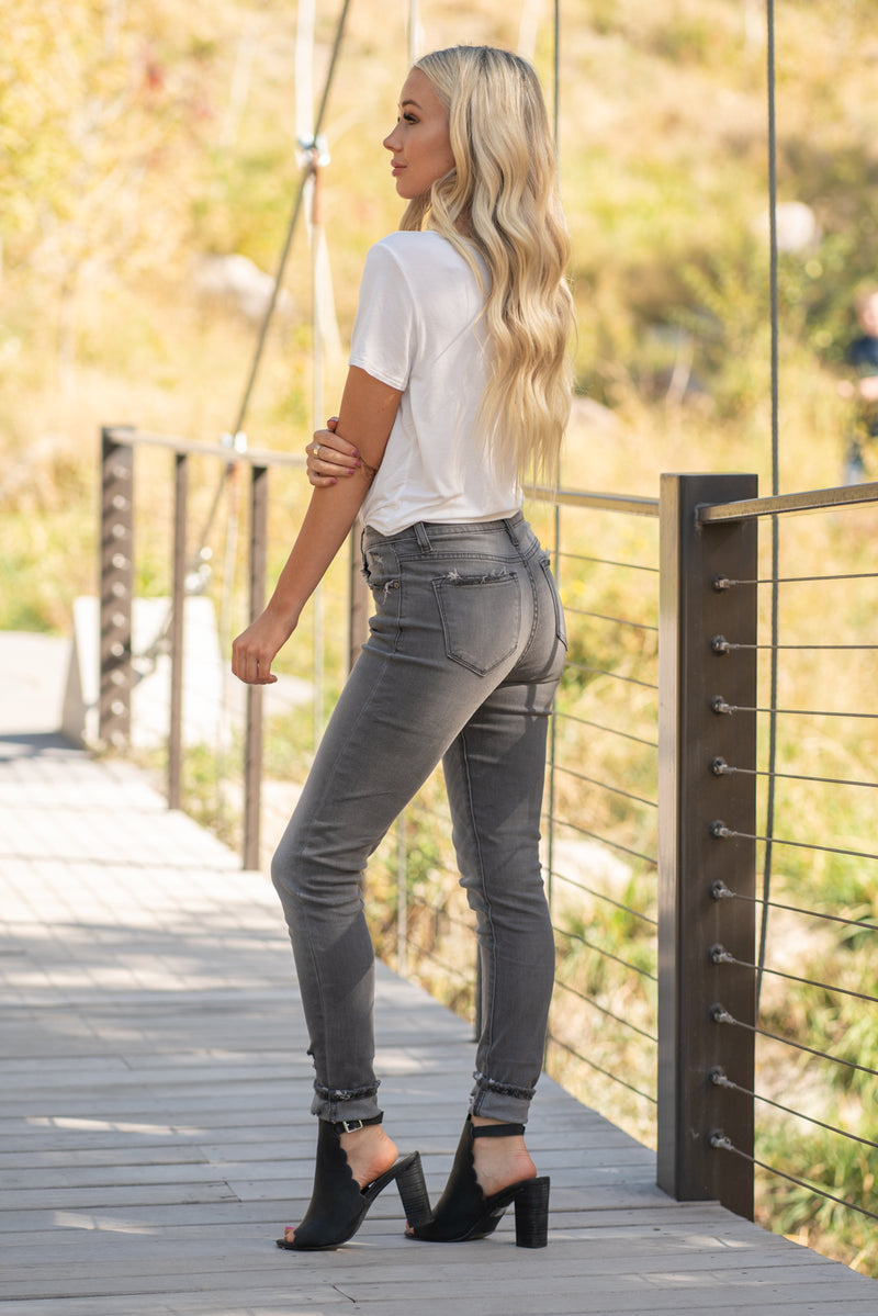 "KanCan Jeans Collection: Core Style Color: Grey Cut: Skinny, 29.5"" Inseam  Rise: High-Rise, 9.5"" Front Rise 84.9% COTTON 14% POLYESTER 1.1% SPANDEX Stitching: Classic Fly: Zipper Style #: KC7266GM Contact us for any additional measurements or sizing.  Haley wears a size small top, a 3 in jeans and a small in tops. She is wearing a size 25 in these jeans"