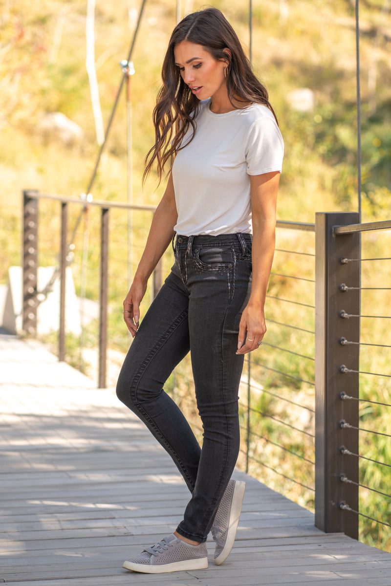 "Miss Me Collection: Fall 2020 Wash: BlackWash Skinny 29.5"" inseam Mid Rise, 9"" Front Rise  Sequin Trim and Rhinestone Rivets  Style #: M3444S23 Contact us for any additional measurements or sizing.  Chloe is 5'8"" and 130 pounds. She wears a size 26 in jeans, a small top and 8.5 in shoes. She is wearing a 26 in these jeans."