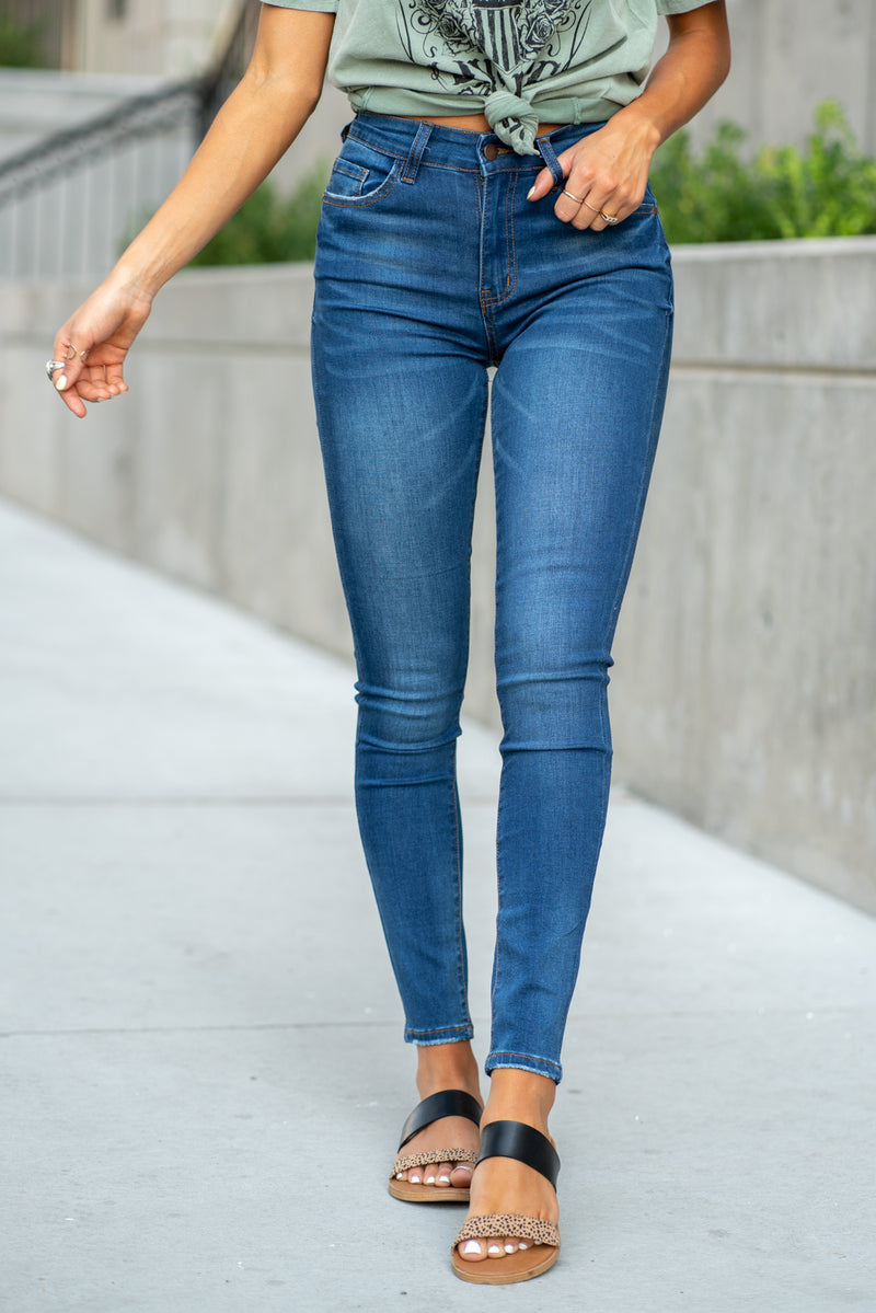 Nature Denim  Collection: Fall 2020 Color: Dark Blue Cut: Ankle Skinny, 28