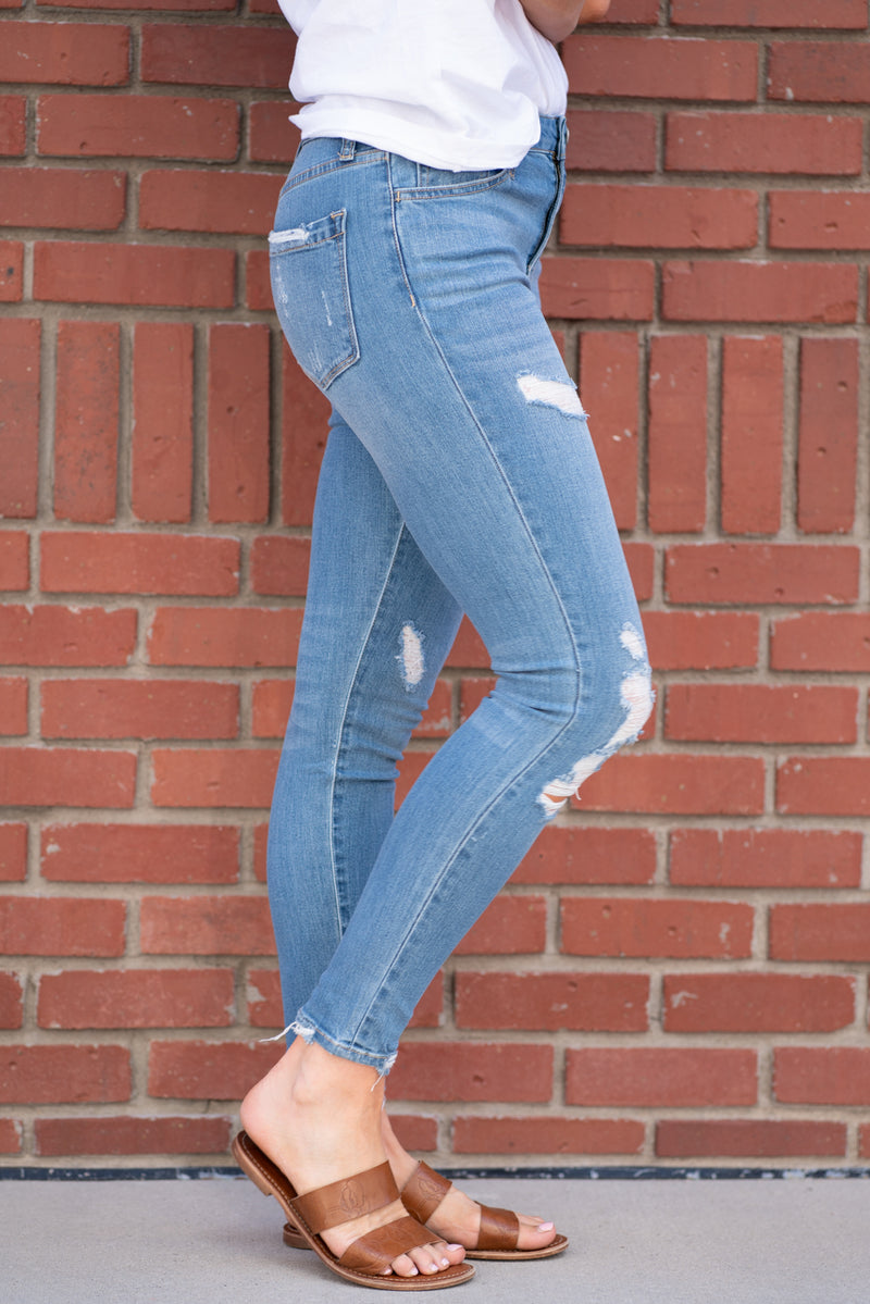 "VERVET Color: Light Wash Cut: Ankle Skinny,  27""Inseam Rise: High Rise, 9.5"" Front Rise 64% Cotton 34% Rayon 2% Spandex Stitching: Classic Fly: Zipper Fly Style #: VT334"