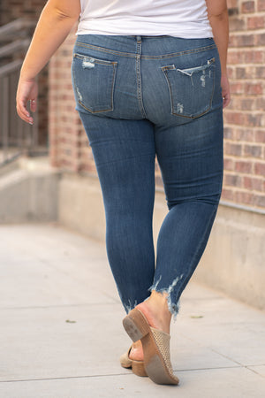 "Judy Blue Jeans Collection: Fall 2020 Color: Dark Wash Cut: Skinny, 29"" Inseam Rise: Mid Rise, 9"" Front Rise 66% COTTON 21% POLYESTER 11% RAYON 2% SPANDEX Stitching: Classic Fly: Zipper Style #: JB82115 / 82115  Contact us for any additional measurements or sizing.  Victoria is wearing a 16W in these jeans."