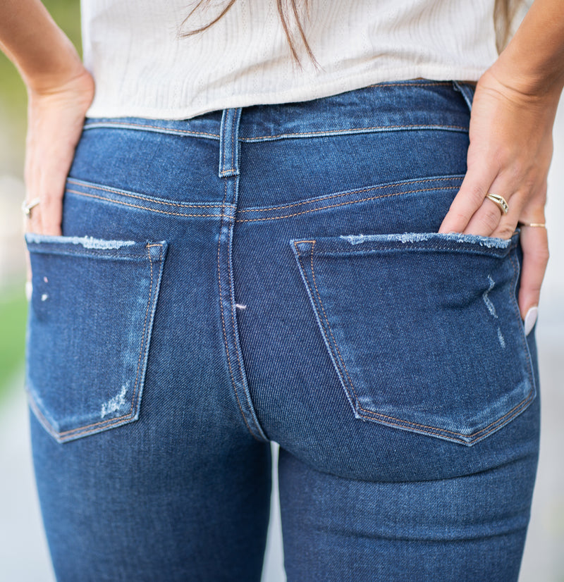 "VERVET by Flying Monkey Jeans Collection: Fall 2020 Name: Attraction Skinny, 29"" Inseam Rise: Mid Rise, 9"" Front Rise 92.5% Cotton, 5.5% POLYESTER (T400), 2% Spandex Machine Wash Separately In Cold Water Stitching: Classic Fly: Zipper Style #: VT1179 Contact us for any additional measurements or sizing.  Taylor is 5'7"" and wears a size 4 in jeans, small top and an 8.5 in shoes. She is wearing a size 26 in these jeans."