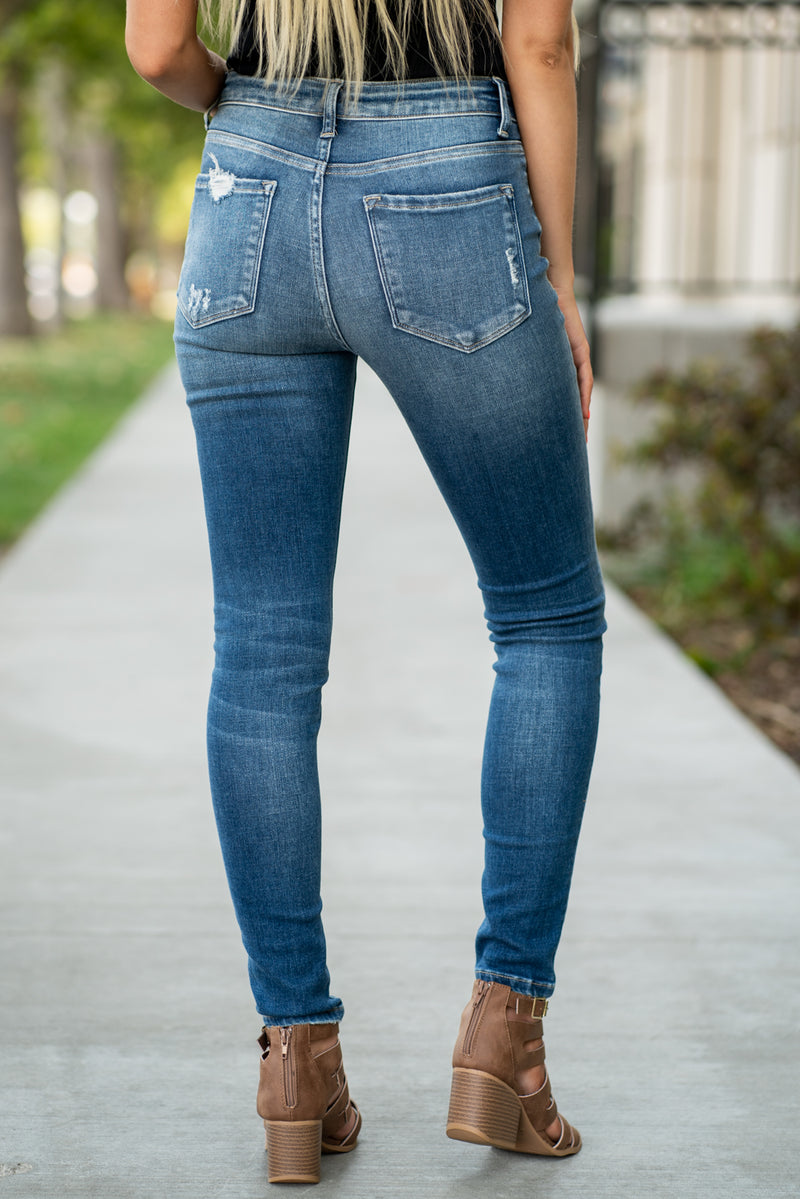 "Flying Monkey Jeans Collection: Fall 2020 Name: Wild Card Cut: Skinny, 28"" skinny Rise: High Rise, 10"" Front Rise 92% COTTON 6% POLYESTER 2% SPANDEX Machine Wash Separately In Cold Water Stitching: Classic Fly: Zipper Style #: Y3697 Contact us for any additional measurements or sizing.  Haley is 5'6"" and wears size 25 in jeans, a small top and 7.5 in shoes. She is wearing a 25 in these jeans."