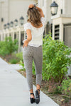 "Nature Denim  Collection: Summer 2020 Color: Grey Leopard Print Cut: Ankle Skinny, 25"" Inseam Rise: High Rise, 9.5"" Front Rise 97% cotton 3% spandex Stitching: Classic Fly: Exposed Button Fly Style #: AK1092EL  Contact us for any additional measurements or sizing.  Taylor is 5'7"" and wears a size 4 in jeans, small top and an 8.5 in shoes. She is wearing a size 26 in these jeans."