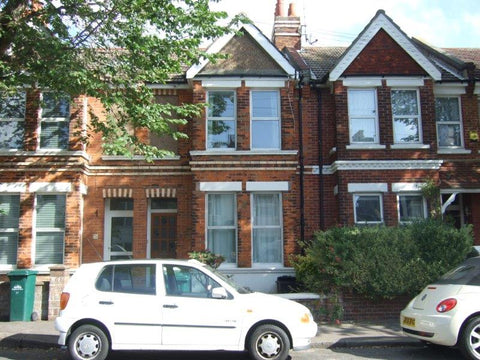 4 BEDROOMS - FIVEWAYS AREA - Hythe Road - Ref 401