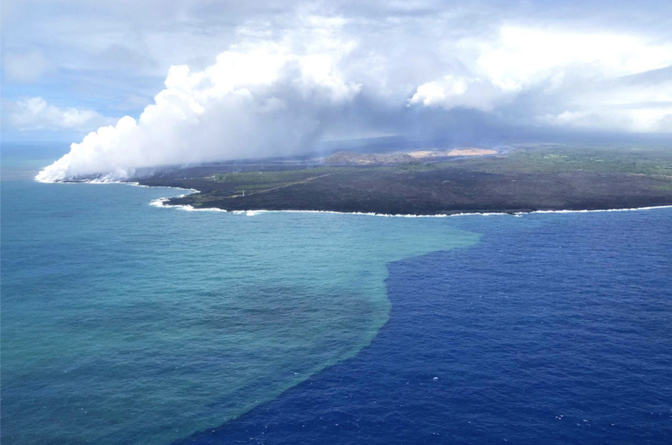 Kilauea Eruption Triggers Massive Algae Bloom