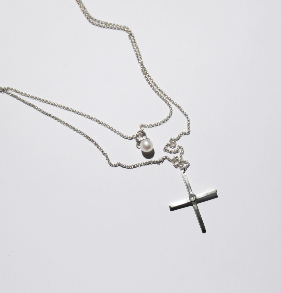 Cross and pearl double necklace