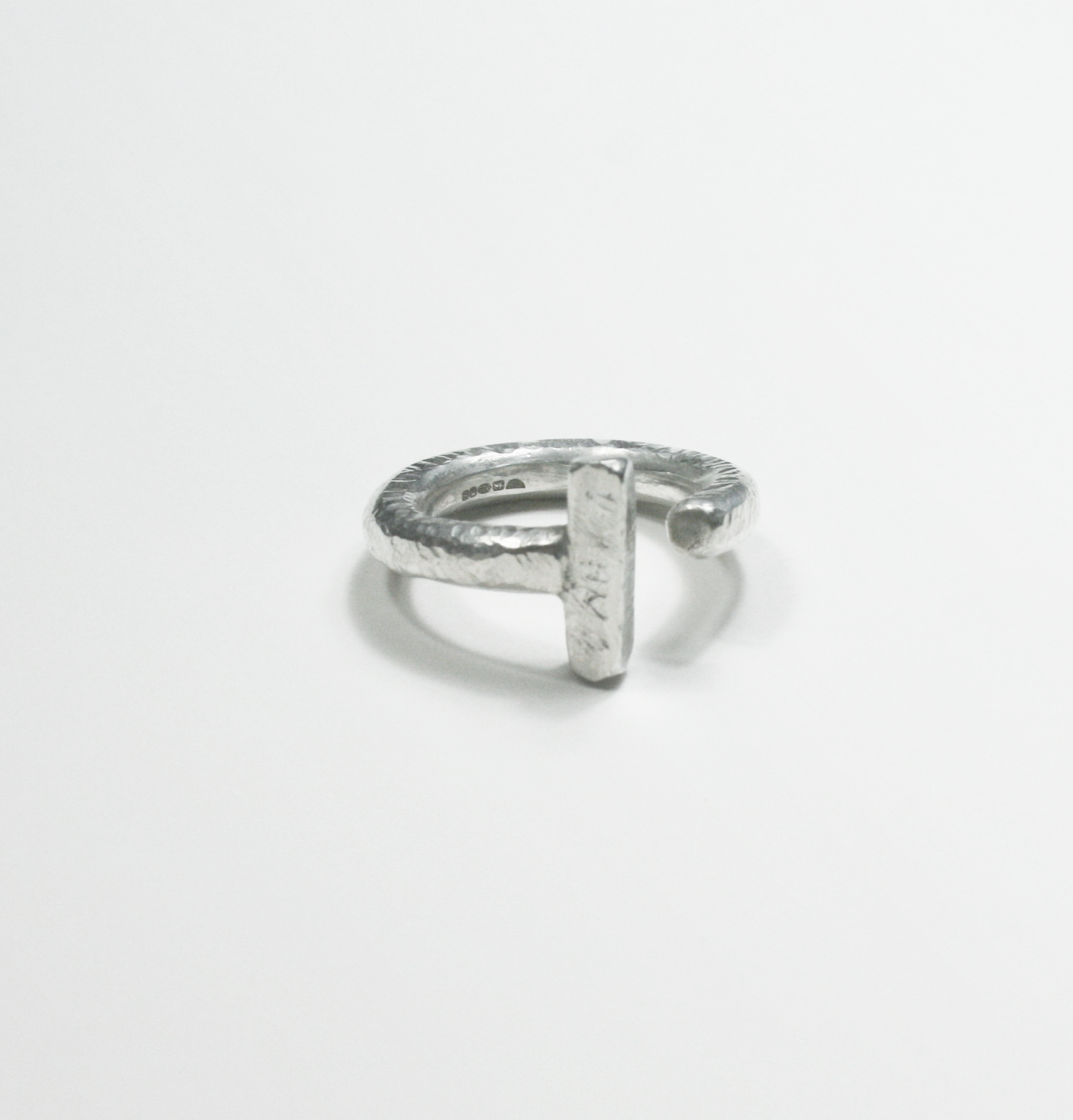Textured ring - Filia Rex