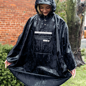 Hardy Navy Poncho 2.0 (best seller)