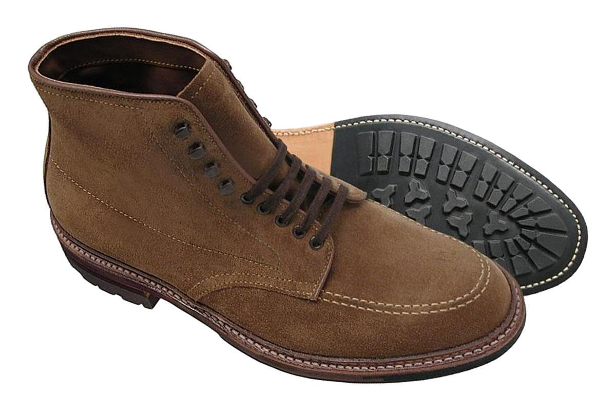 "Alden 4011HC ""Indy"" Boot with Commando Sole - Snuff Suede"