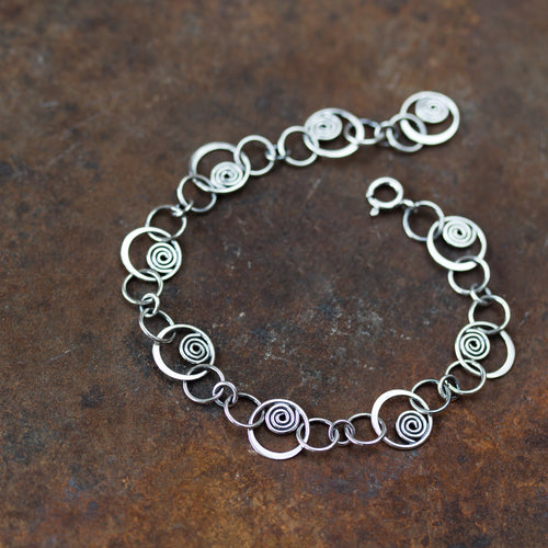 Spiral in a Circle - Hammered links chain bracelet, Sterling silver - jewelry by CookOnStrike