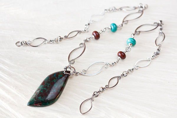 Sterling silver necklace with asymmetric malachite in cuprite stone leaf pendant - CookOnStrike
