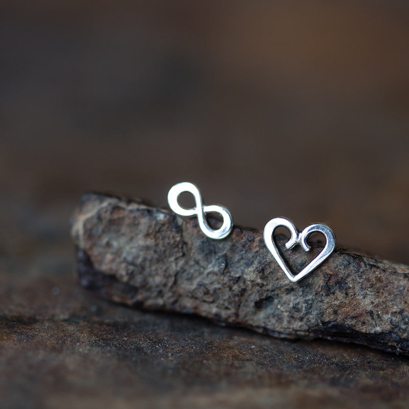 Endless Love - Mismatched Stud Earrings, heart and infinity symbol