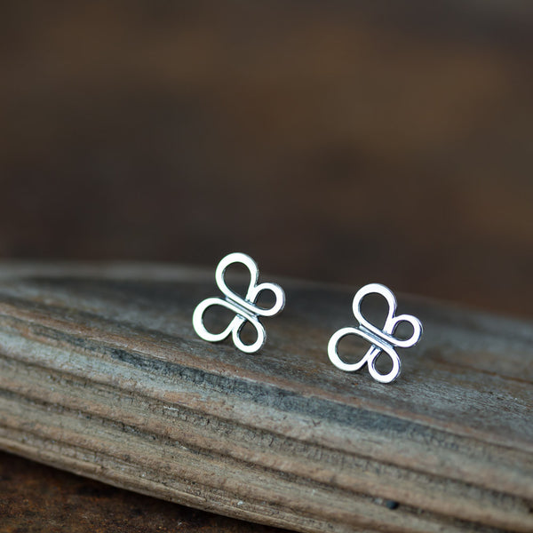 Minimalist Butterfly Stud Earrings - CookOnStrike