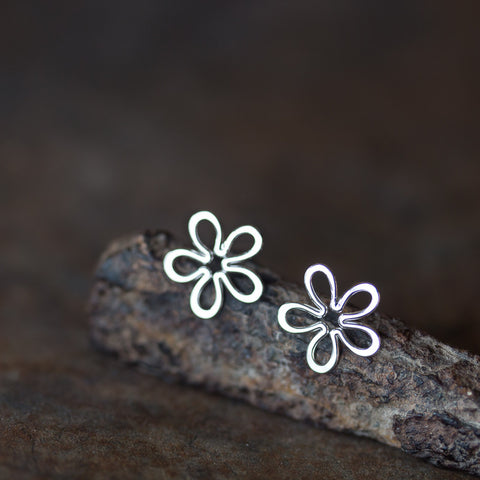 Dainty Sterling Silver Flower Stud Earrings, Simple Daisy