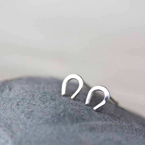 Mini Lucky Horseshoe Stud Earrings - CookOnStrike