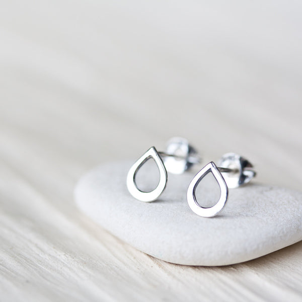 Tiny Teardrop Stud Earrings, mini simple raindrop