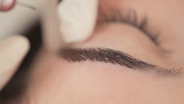 Microblading: How does it fade?