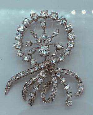 Elegant 14k White Gold Diamond Brooch