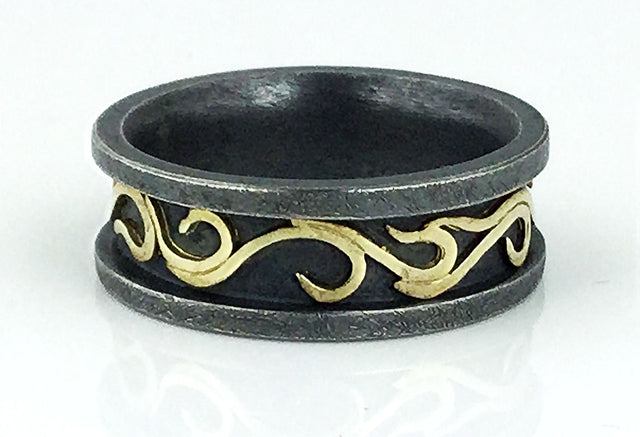 Alishan oxidized silver and 18k yellow gold ring in size 9