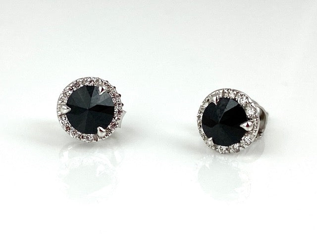 Adorable black spinel (.96ctw) studs with a white diamond (0.11ctw) halo in 18k white gold!