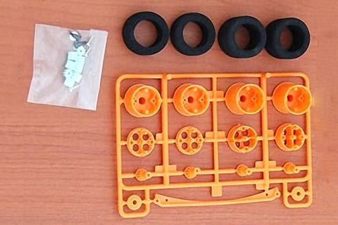 TAMIYA 15041 Wide Tires & One-Way Wheel Set *DISC*
