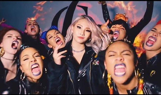"CL "" HELLO BITCHES "" OFFICIAL MUSIC VIDEO / MUSIQUE VIDEO OFFICIELLE"