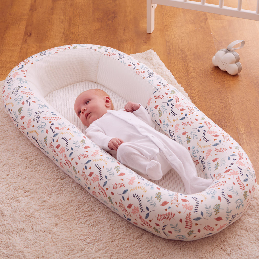 Baby in Sleep Tight Baby bed, co-sleeping baby bed, in botanical print