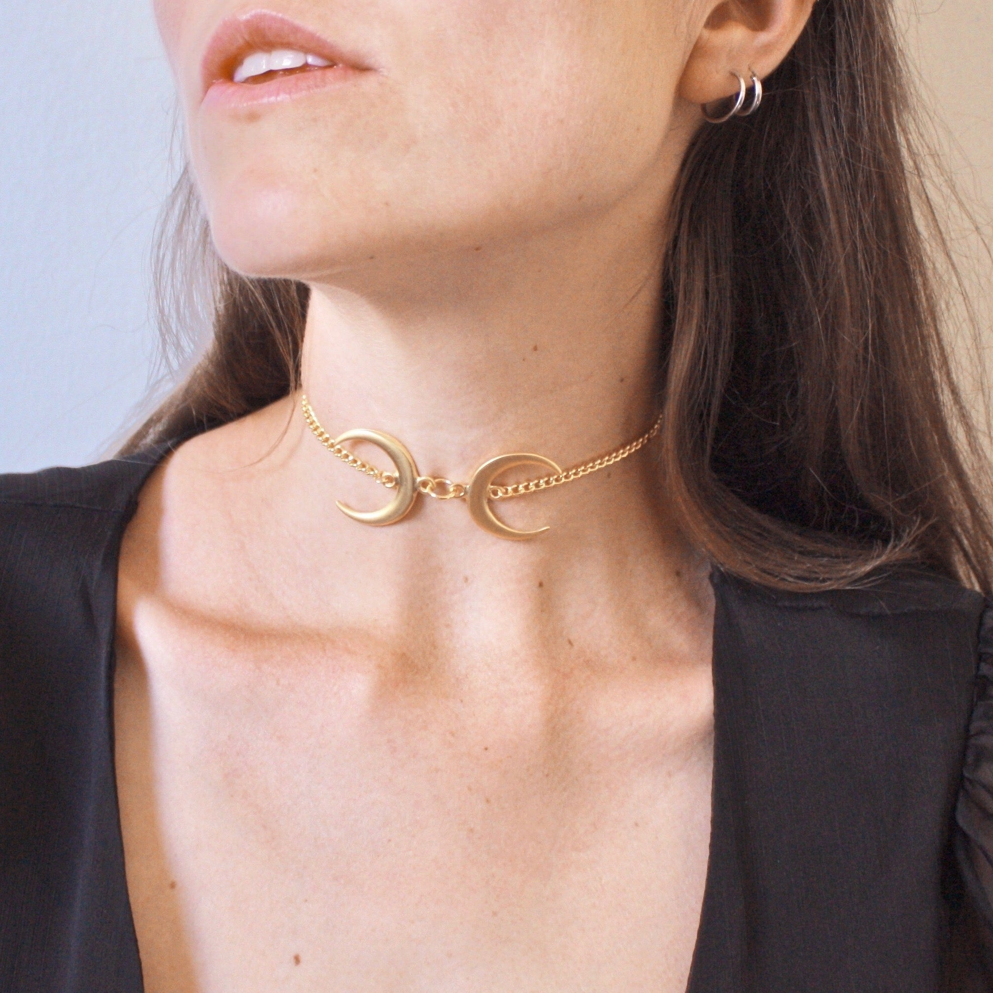 Duality Choker in Gold