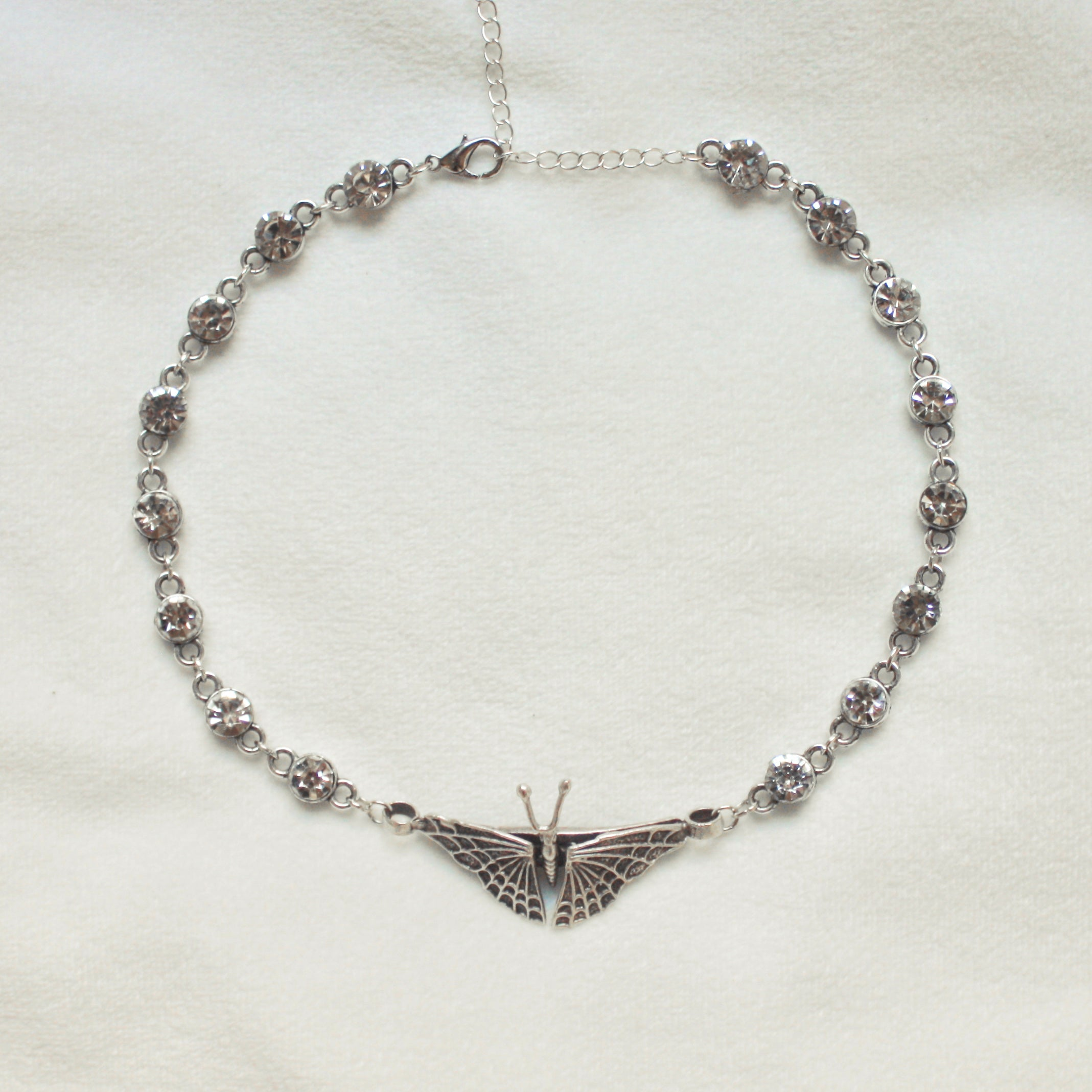 On the Rise Choker in Silver