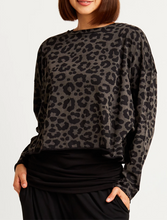 Load image into Gallery viewer, Planet Cotton Leopard Crewneck Tee