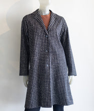 Load image into Gallery viewer, Baci Houndstooth 3 Button Overcoat