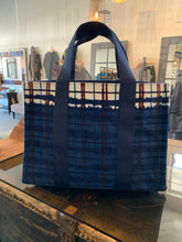 Load image into Gallery viewer, Inouïtoosh Nomad Tote