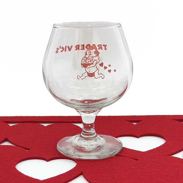 MENEHUNE VALENTINE'S DAY GLASS