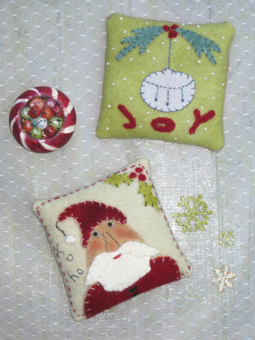 Christmas Sachets Pattern #RR164 or Kit #AK164