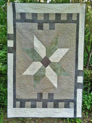 Big Star Quilt Pattern #RR168 or Kit #AK168