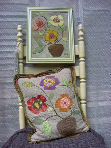 Flower Whimsy Wall Hanger and Quilted Pillow Pattern #RR139