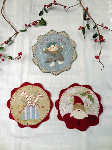 Holly Jolly Mug Rugs Pattern #RR175 or Kit #AK175
