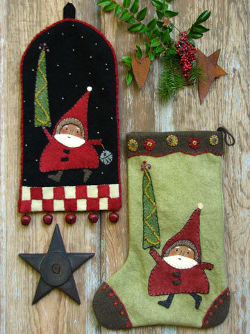 Santa on the Way Bellringer & Stocking Pattern #RR147 - Bellringer Kit Also Available