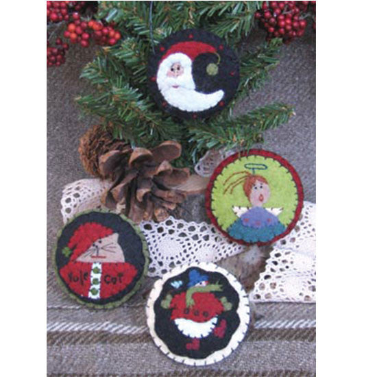 Yuletide Pins and Ornaments Pattern #RR134