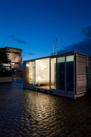 cube form of shipping container
