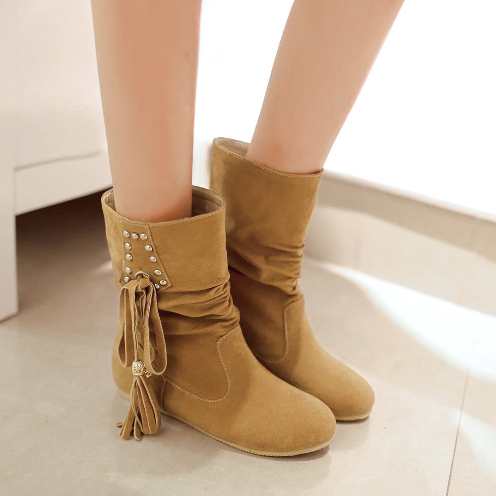 Fashion Women Ankle Boots for Autumn and Winter New Arrival Tassel 9459