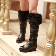 Load image into Gallery viewer, Fashion Women Knee High Boots for Autumn and Winter New Arrive Fur Snow Boots 9486