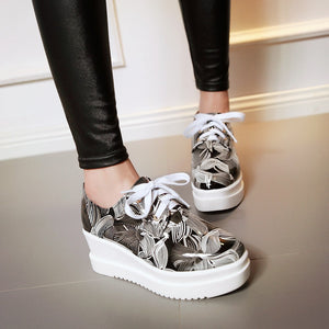 Printed Women Platform Wedges Lace Up Shoes High Heel Loafers