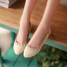 Load image into Gallery viewer, Cutout Women Flats Casual Shoes 7216