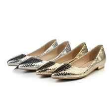 Load image into Gallery viewer, Pointed Toe Gold Silver Pu Leather Women Flats Shoes
