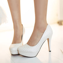 Load image into Gallery viewer, Crocodile Pattern Women Pumps High Heels Dress Shoes Plus Size