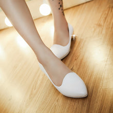 Load image into Gallery viewer, Pointed Toe Low Heel Pumps Platform High Heels Women Shoes 9080